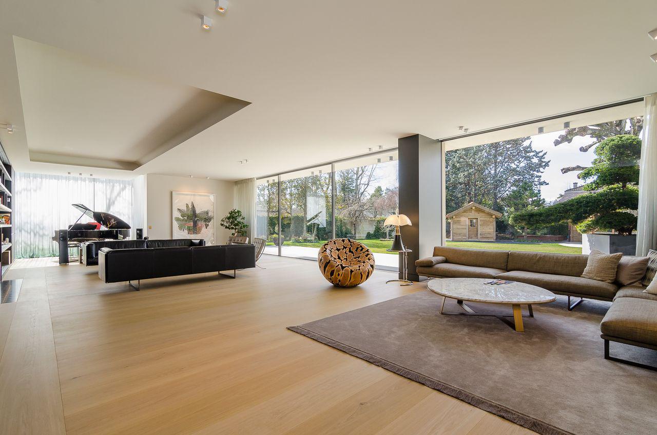 Calme absolu, luminosité, espace et luxe discret picture 1