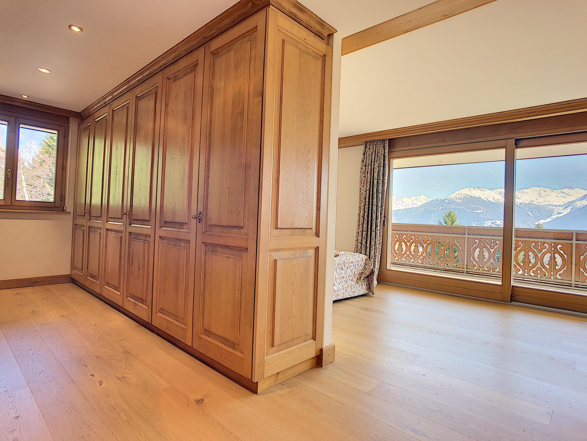 Superbe appartement de 6.5 pièces à deux pas du centre avec magnifique vue picture 8