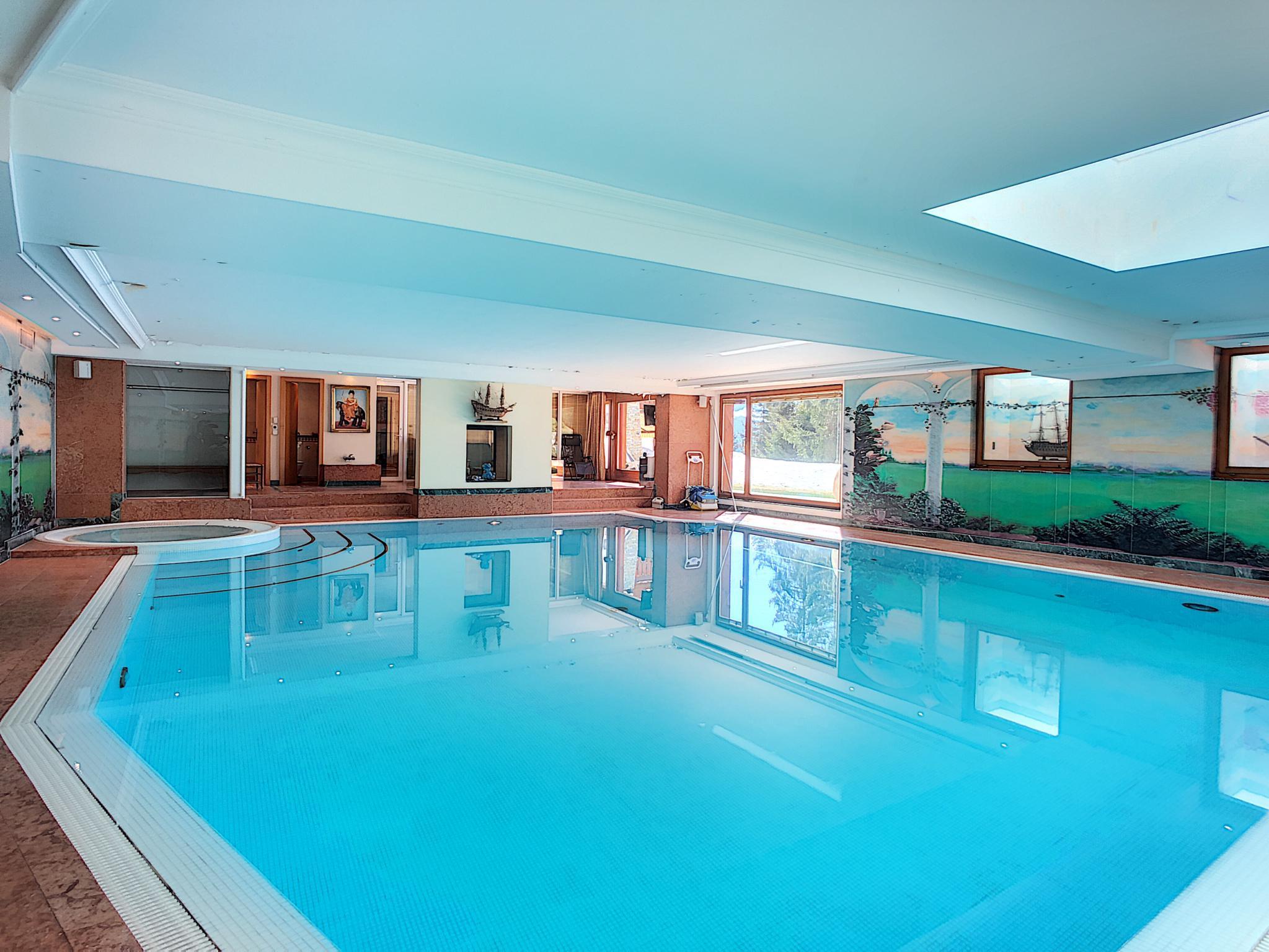 Splendide appartement d'exception avec piscine privée intérieure et appartement d'invités de 3 pièces picture 2