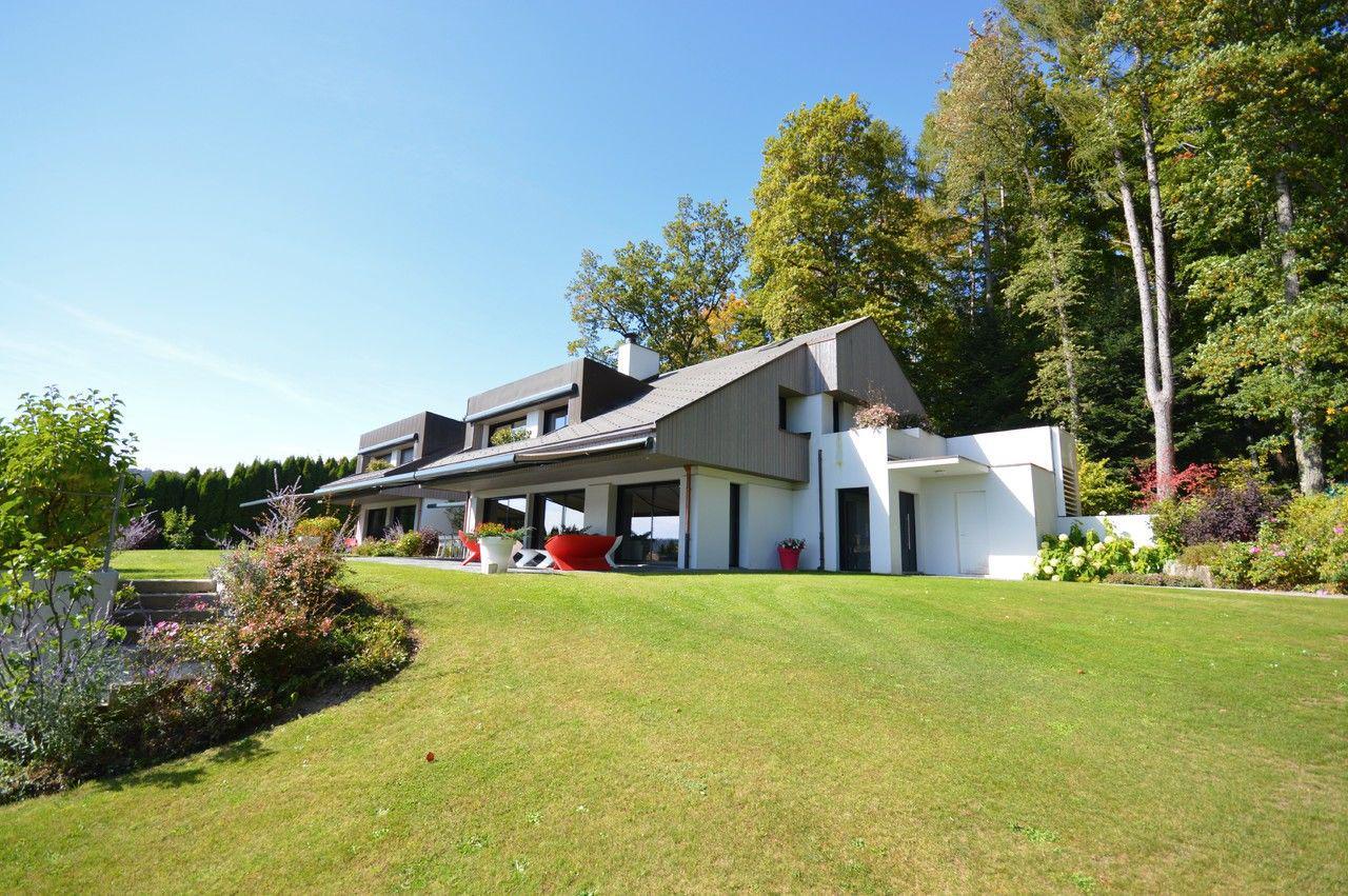 Splendide villa avec terrain et vue sur le Mont-Blanc picture 0