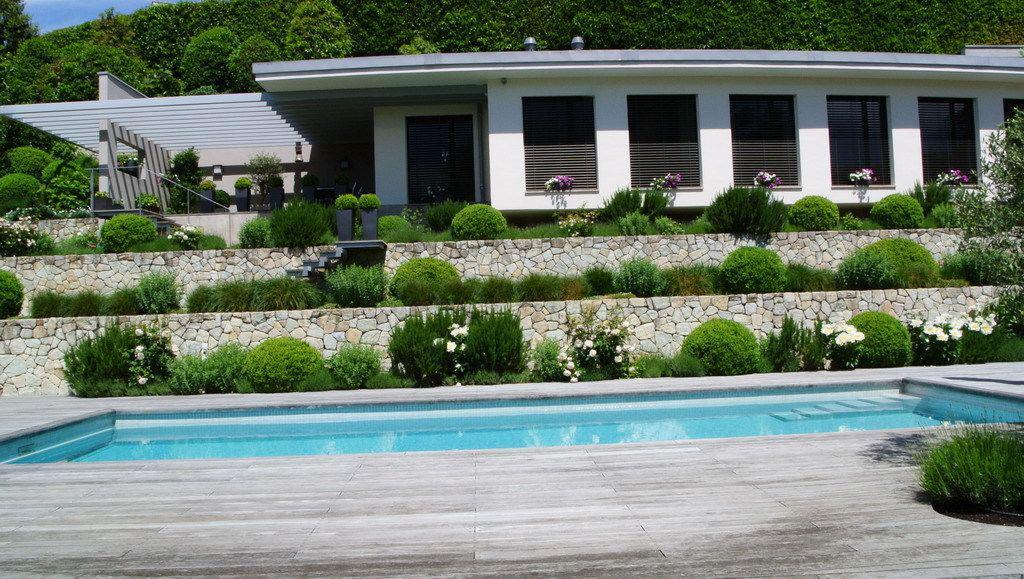 Prestigieuse propriété calme de 550 m2 avec piscine et vue sur le lac picture 10