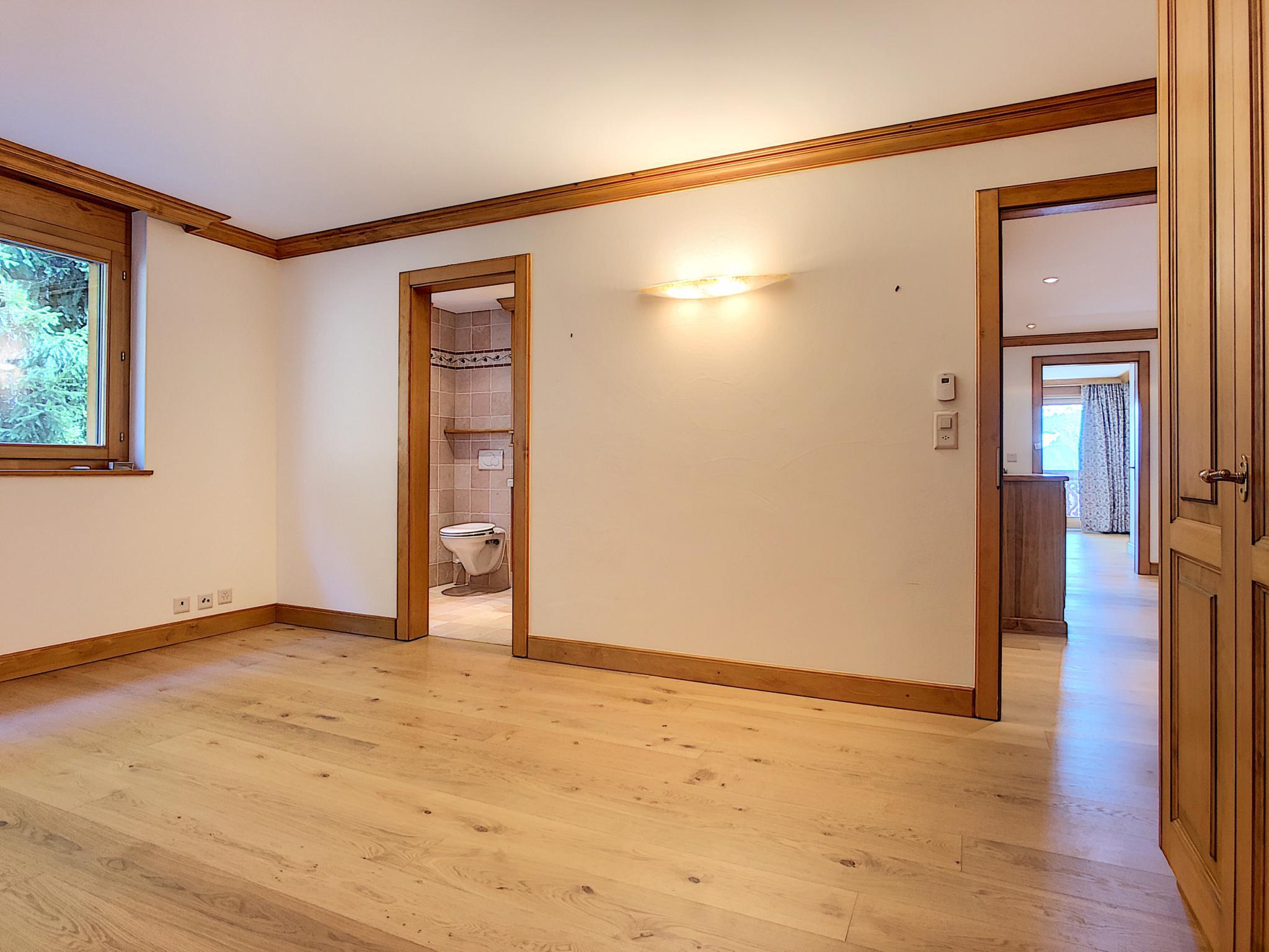 Superbe appartement de 6.5 pièces à deux pas du centre avec magnifique vue picture 12