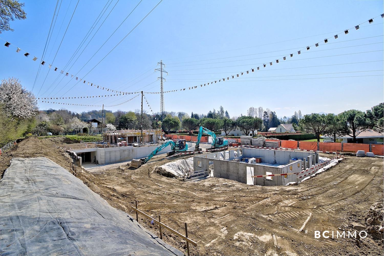 BC Immo - EN CONSTRUCTION - Magnifique projet de villas jumelles avec garage souterrain sur la commune de Jouxtens-Mézery - 1008KG45-1