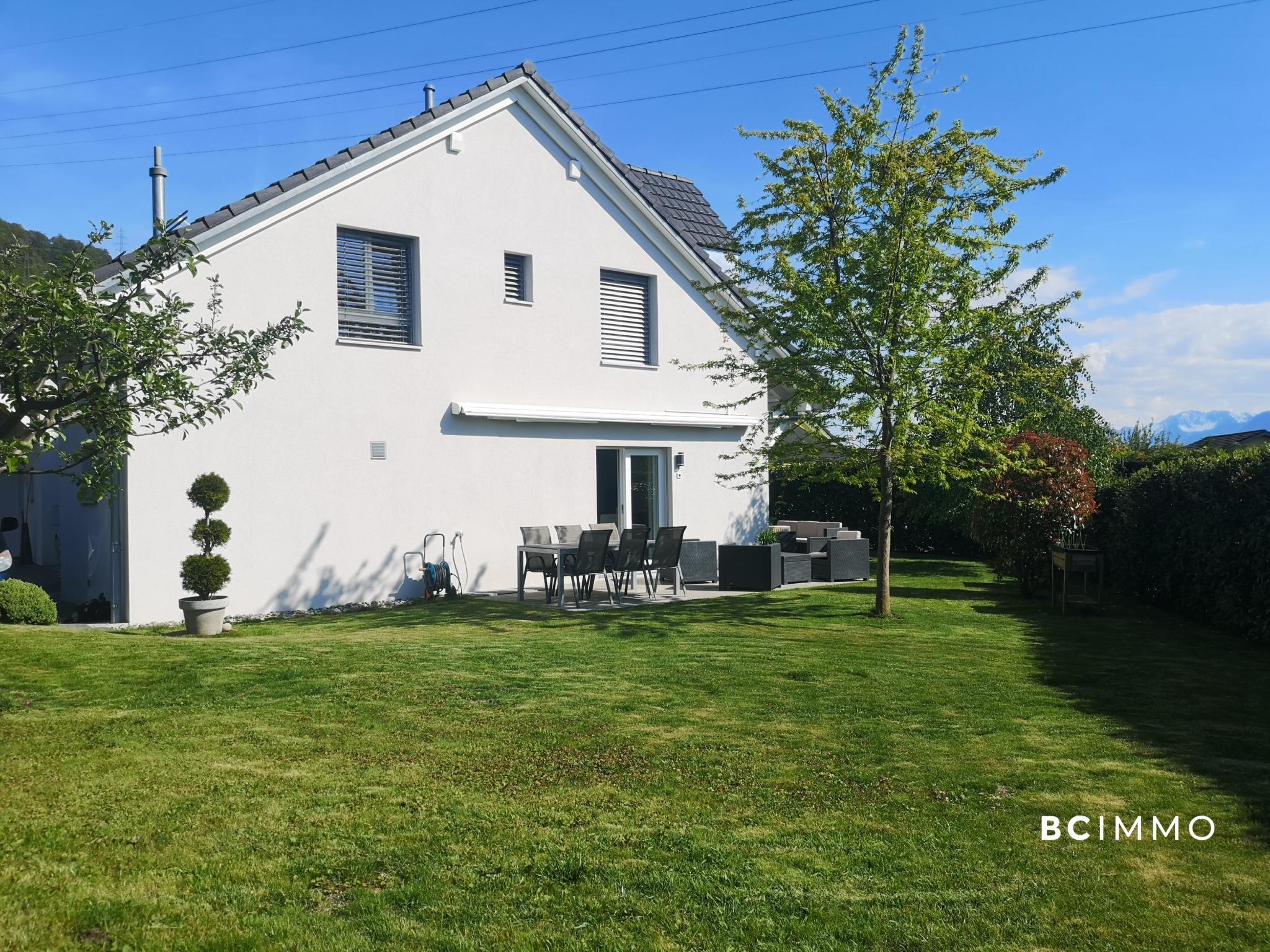 BC Immo - Exclusivité : Magnifique Villa jumelée sur les hauts de Blonay - M19003GS