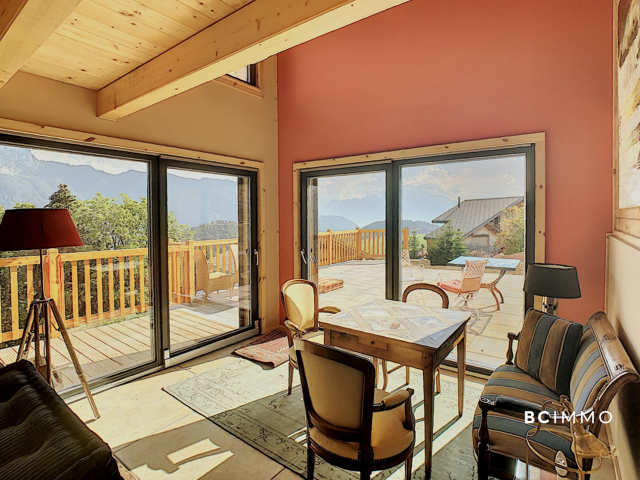 BC Immo - Splendide chalet avec piscine intérieure - Vue panoramique - LYSNETLXL
