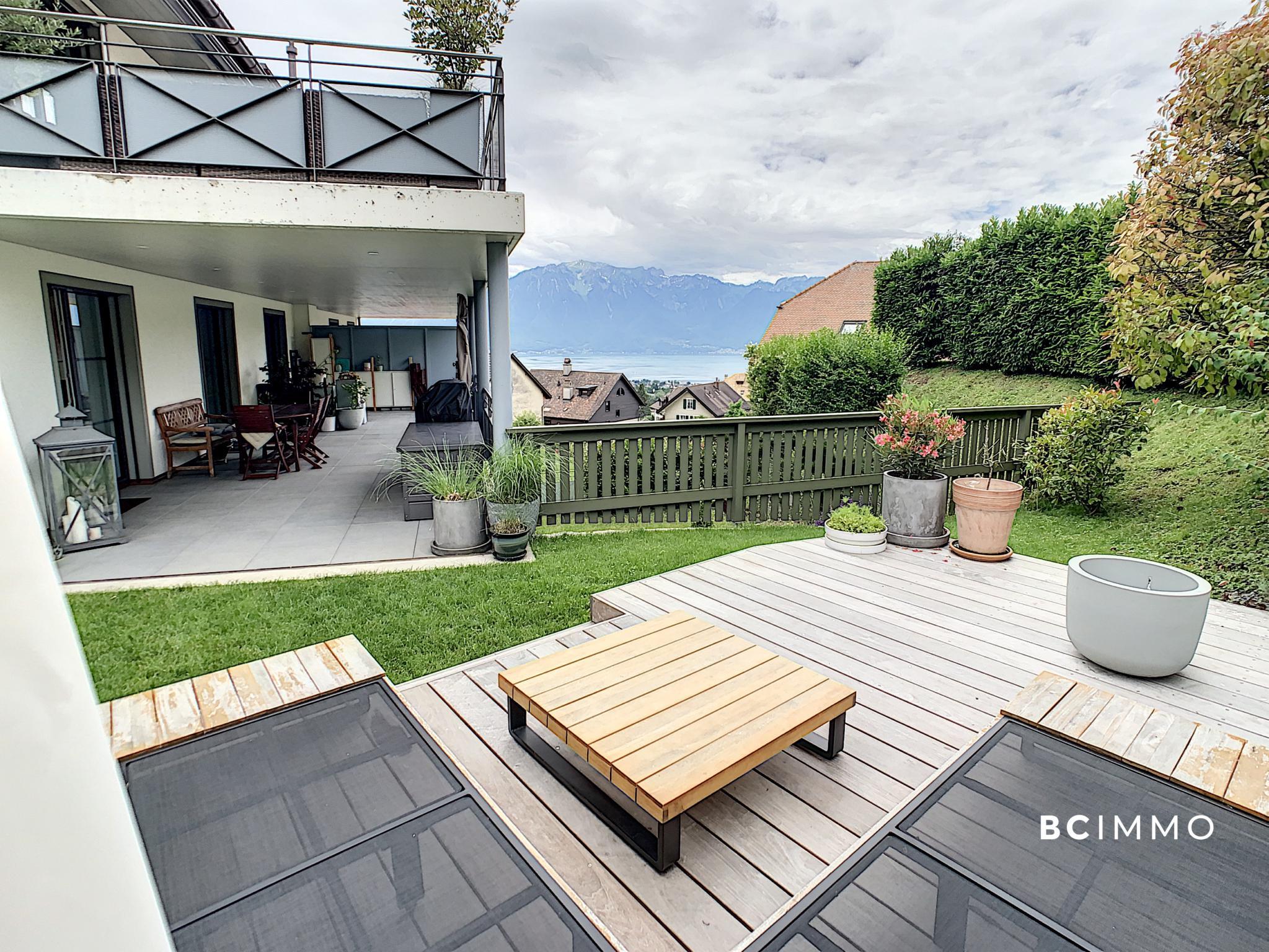 BC Immo - RESERVE - Magnifique appartement de standing avec terrasse et vue lac - GSA186CP