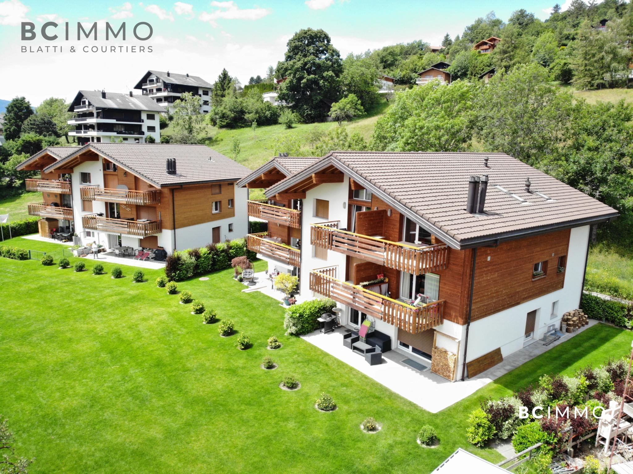 BC Immo - Vue exceptionnelle et beaux espaces de vie - Résidences Les Lacques  - 3A3974GS
