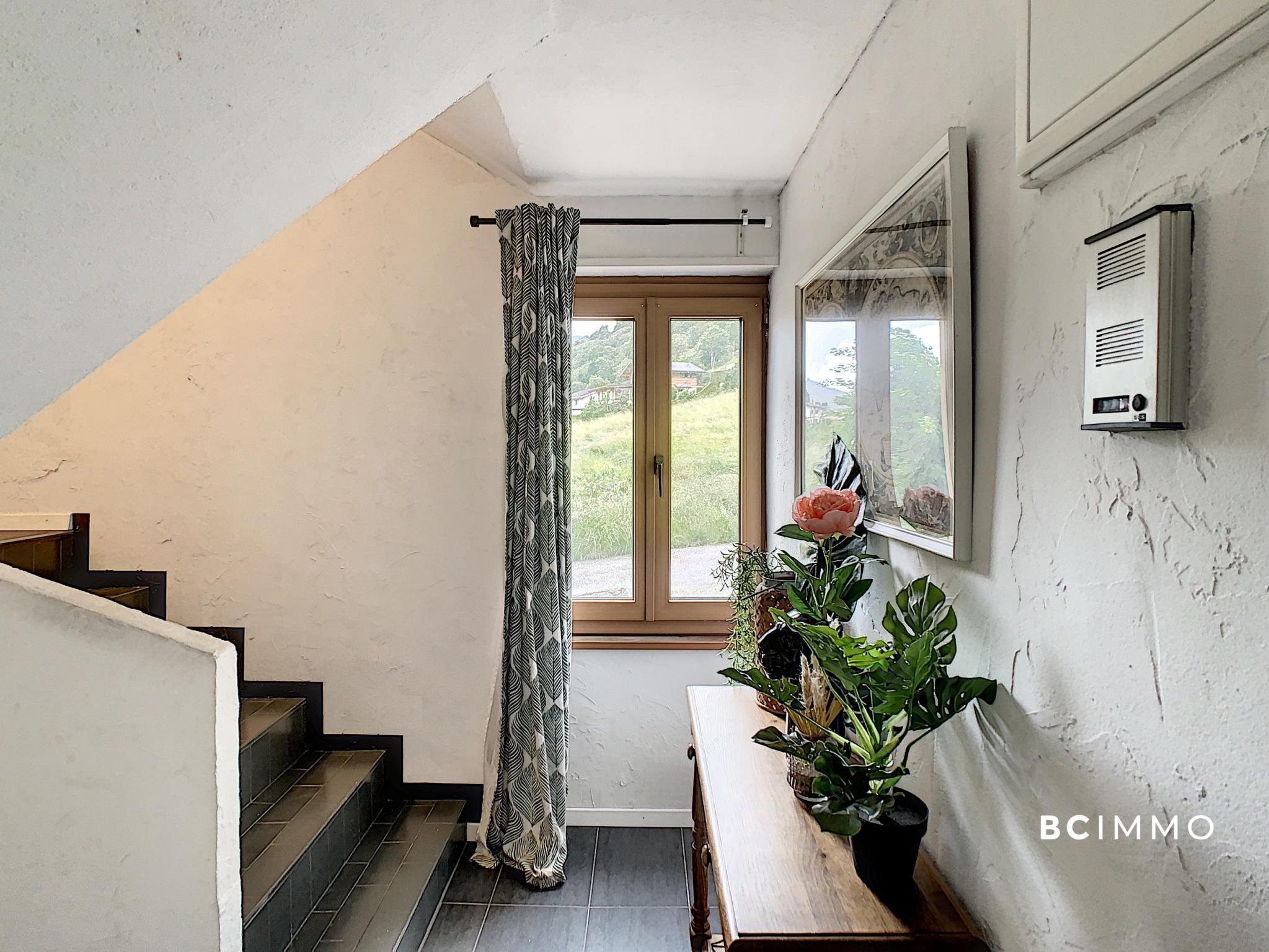 BC Immo - Charmante maison villageoise rénovée  - DCMLP1976