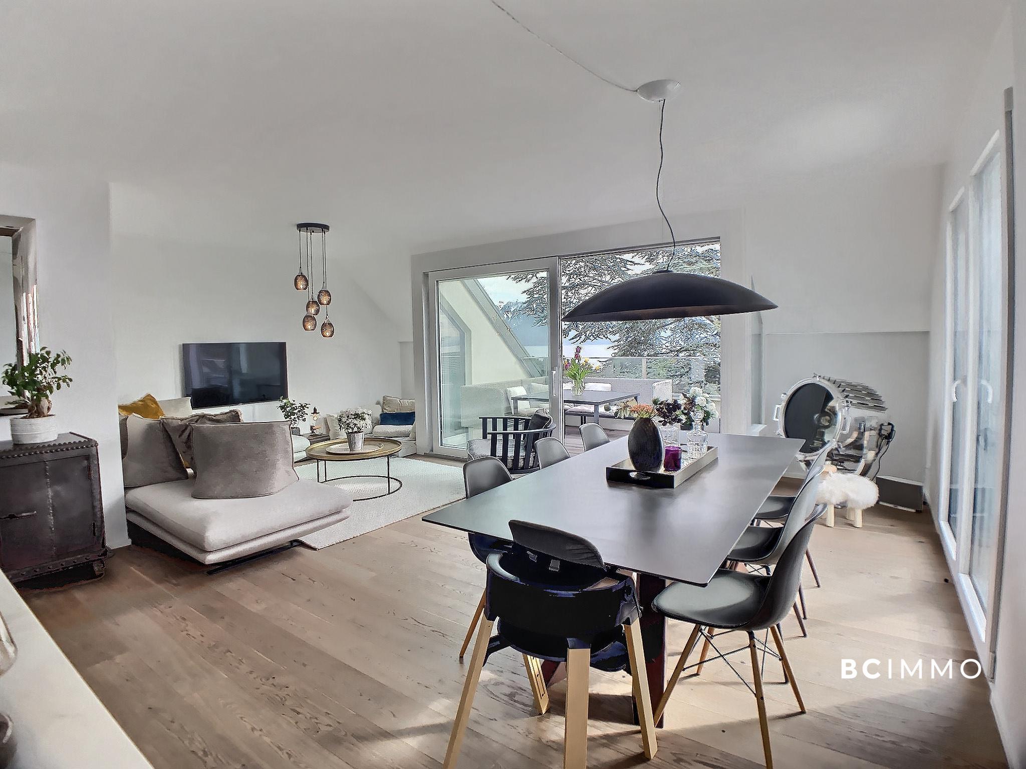 BC Immo - Exclusivité : Magnifique duplex contemporain en attique - 1009HB191