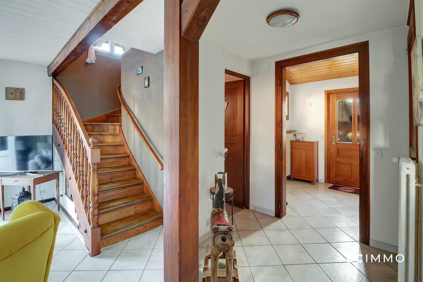 BC Immo - Villa individuelle nichée sur une magnifique parcelle plane de plus de 1'000m2. - 1530SB08
