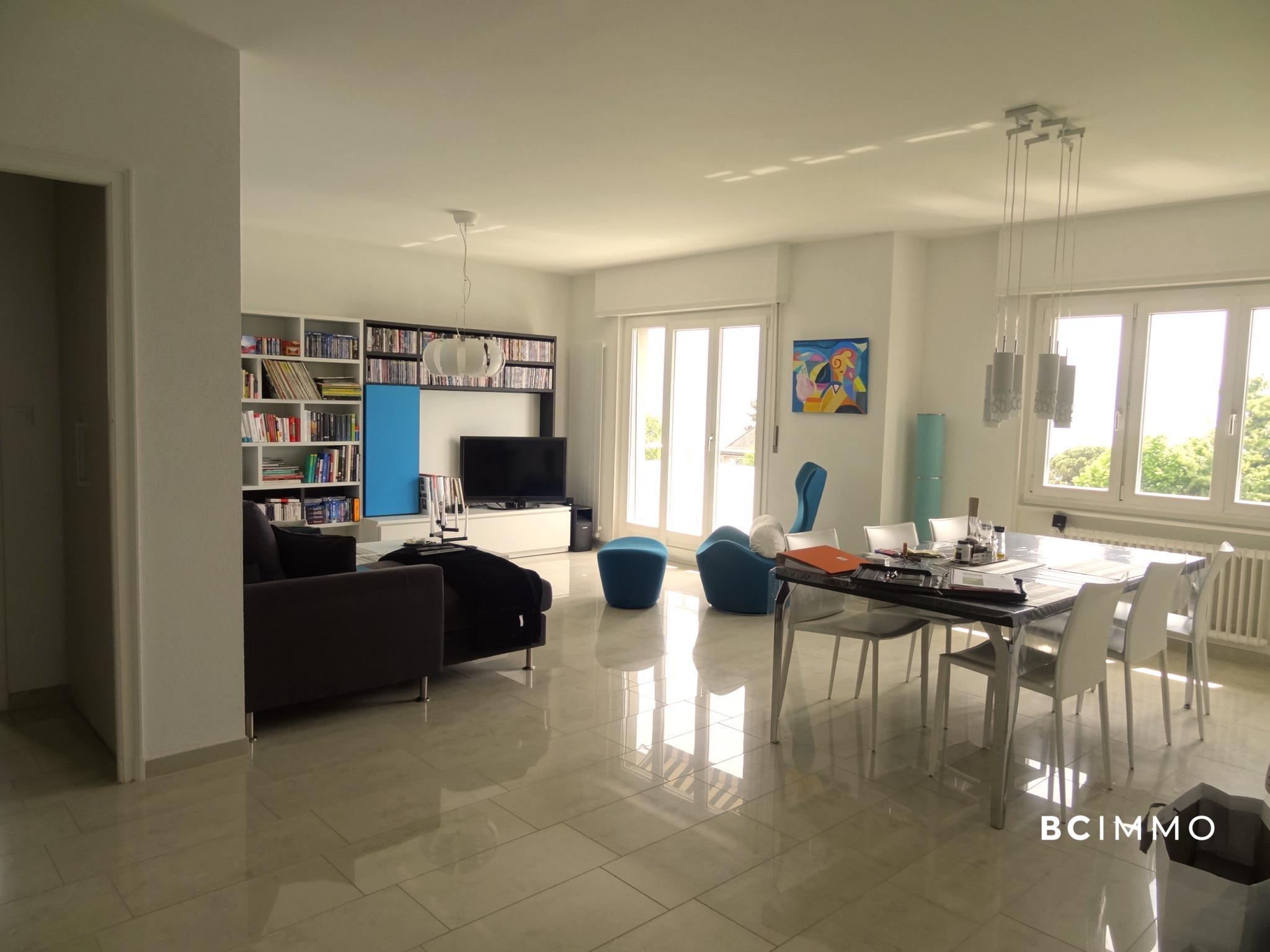 BC Immo - Charmant appartement rénové - 1094HB11